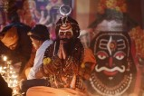 Religious festivals light up India