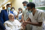 Pope Francis recovers from surgery