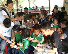 Students of the Salesian-run Sarasit Pittayalai School in Ratchaburi