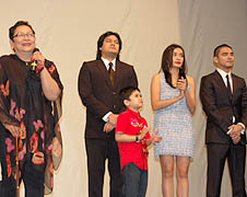 Director Marilou Diaz-Abaya (left) and some of the casts of the movie