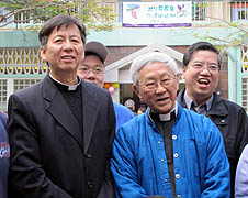 Archbishop-elect Savio Hon Tai-fai (left) and Cardinal Joseph Zen Ze-kiun attend a farewell gathering on Jan. 9