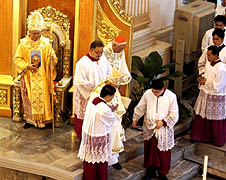 New archbishop takes the reins in Cebu