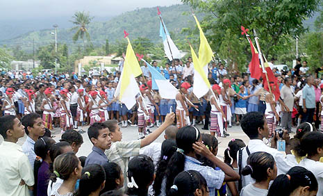 Thousands of Timor Leste Catholics welcome St John Bosco relic