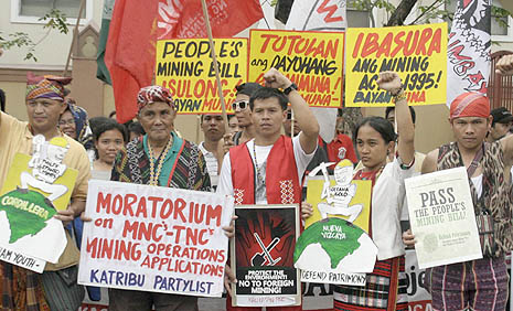 Opponents unite to fight mining