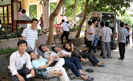 Franciscan students taking a rest after donating blood