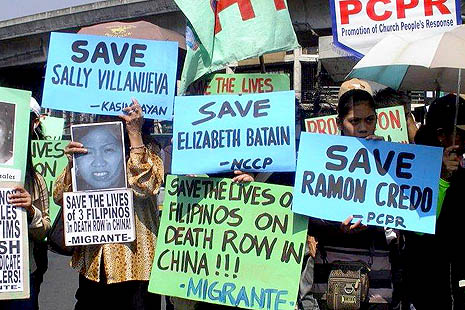 Filipino Church and migrant groups call on the Chinese government to spare the lives of three Filipino drug smugglers. (photo: Migrante)