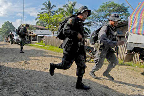 Police launch pursuit operations against the hostage-takers  (photo: Froilan Gallardo)