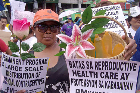 INC backs Philippine birth control bill