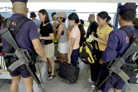 Law enforcement agencies go on alert ahead of holiday exodus