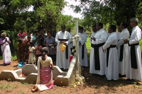 The service in the village of Vavunikulam