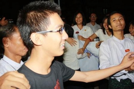 Fellow 88 Generation Students Group leaders and local residents greet D Nyein Lin in Yangon after his release from police detention (Photo courtesy of the 88 Generation Students Group)