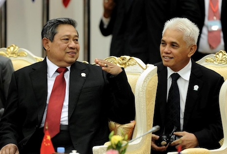 Susilo Bambang Yudhoyono (left) at a recent ASEAN meeting (Photo: www.presidenri.go.id)