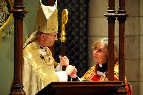 Female cleric will enthrone new head of Anglican Church