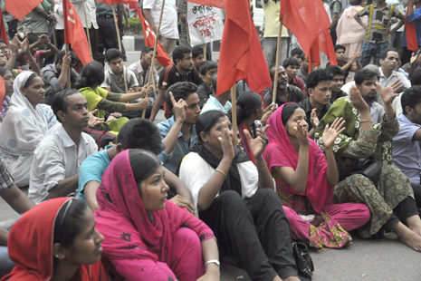 Ongoing protests force Bangladesh factory closures
