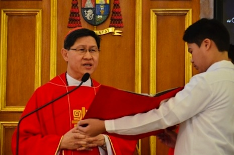 Tagle takes another swipe at corruption