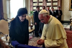 Thai PM has audience with Pope Francis