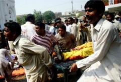 At least 81 dead in attack on Peshawar church