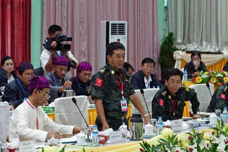 <p>General Gun Maw of the Kachin Independence Army speaks during peace talks this week (AFP photo)</p>
