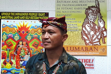 <p>Tribal leader Dulphing Ogan reports of rights violations in Mindanao's tribal lands. (Photo by Vincent Go)</p>