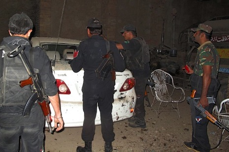 Suicide bomber kills Pakistan senior official