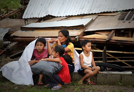 <p>Families like this one, made homeless by Typhoon Haiyan, are said to be extra vulnerable to trafficking and sex tourism (Photo: Vincent Go)</p>