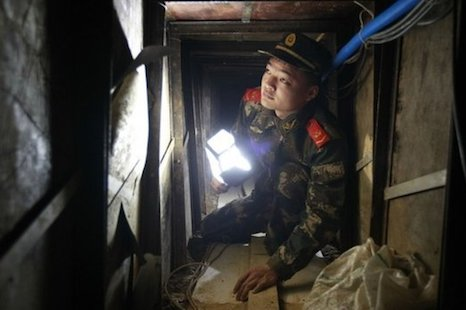 Police foil Chinese smugglers' attempt to tunnel to Hong Kong