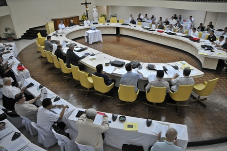 <p>Philippine bishops ends their bi-annual meeting on Monday in Manila (Photo by Roi Lagarde)</p>