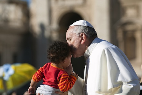 Pope writes letter to Catholic families worldwide
