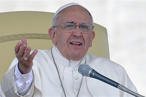 Pope tells sinner she should be allowed Communion
