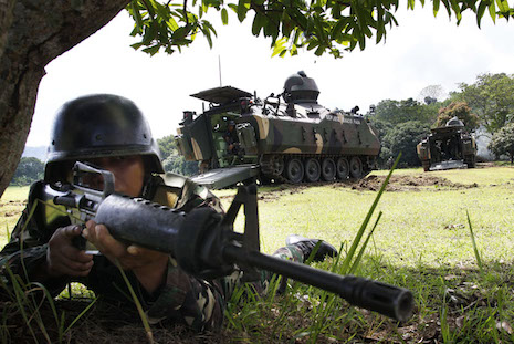 <p>A soldier joins a Philippine military exercise. (Photo by Mark Navales)</p>