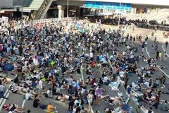 Police fire tear gas on Hong Kong protesters
