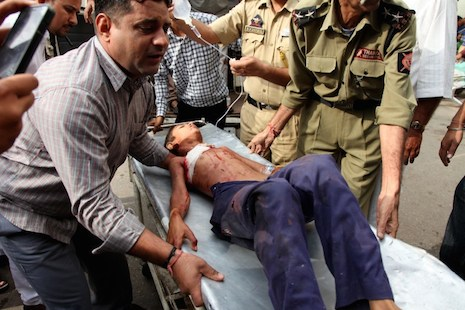 At least 20 dead in latest India-Pakistan row over Kashmir