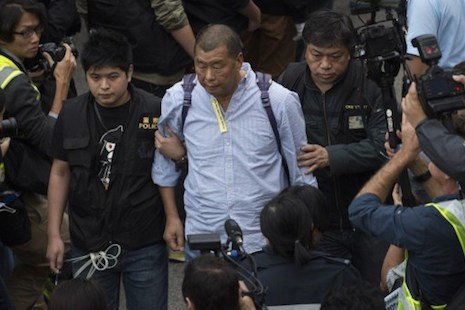 Firebomb attacks on home and office of Hong Kong media tycoon