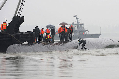 China censors media coverage of Yangtze shipwreck