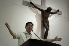 Cardinal urges politicians to elevate level of Philippine politics