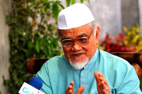<p>Sheik Abdulrahman Udasan, Grand Mufti of the Darul Ifta of the Philippines. (Photo by Ferdinandh Cabrera)</p>