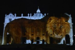 World's richest Chinese co-sponsors Vatican's light show