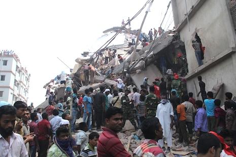 Bangladesh court orders mass arrests over Rana Plaza tragedy