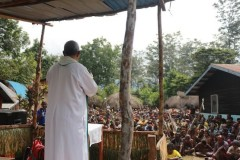 In restive province, Papuans wonder whose side church is on