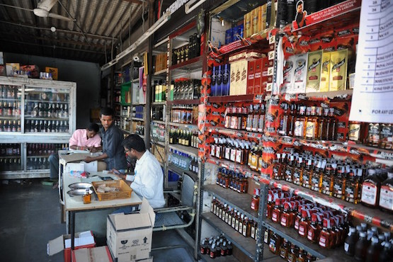 Feasibility of Indian state's alcohol ban questioned
