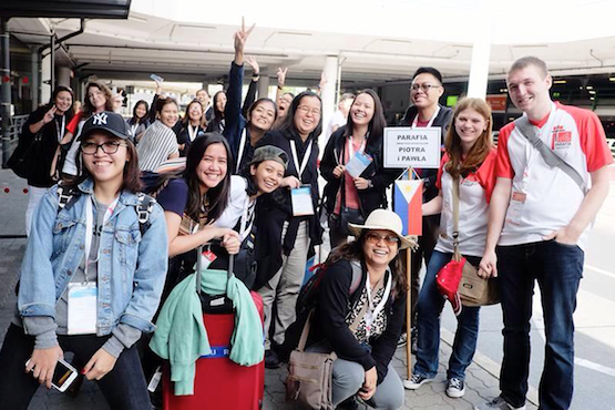 """the filipino youth The filipino youth villamor bsae-5e """"to the filipino youth"""" (a la juventud filipina) by: drjose p rizal in 1879, rizal wrote that poem at the age of 18 in a literary contest, whom he won first prize."""