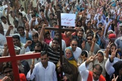 Christians defend dozens charged in Pakistan murder case