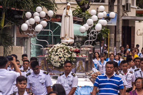 Devotion to Mary offers hope to Filipinos
