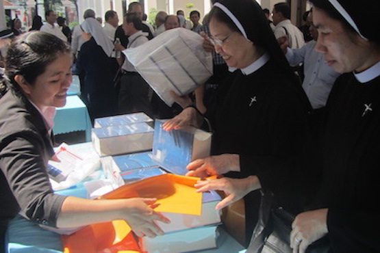 New Vietnamese Catholic dictionary will help prevent confusion