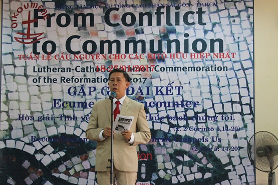 Vietnamese Catholics, Protestants reject past animosity