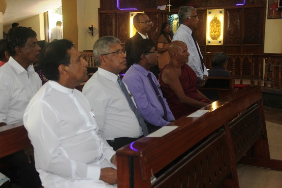 Buddhists, Catholics in Sri Lanka grateful for cheap drugs