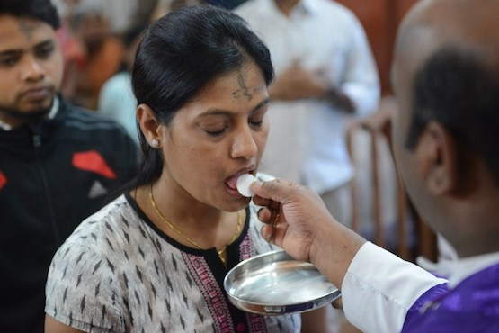 Goan parish pardons students for desecrating Eucharist