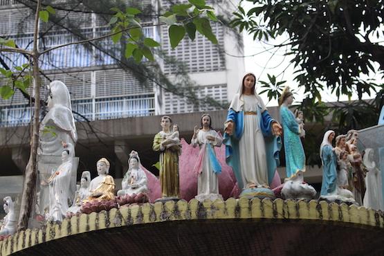 Catholic comfort in Vietnam hospitals