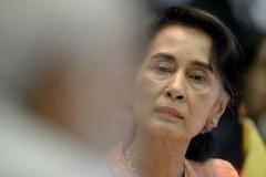 Myanmar Christian leaders meet Suu Kyi in war-torn state