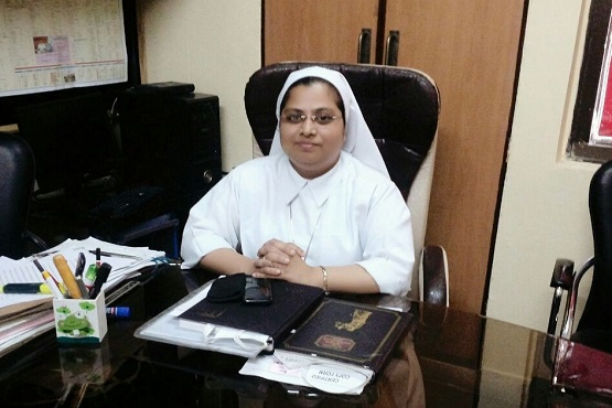 Indian nun helps teenagers beat drug addiction